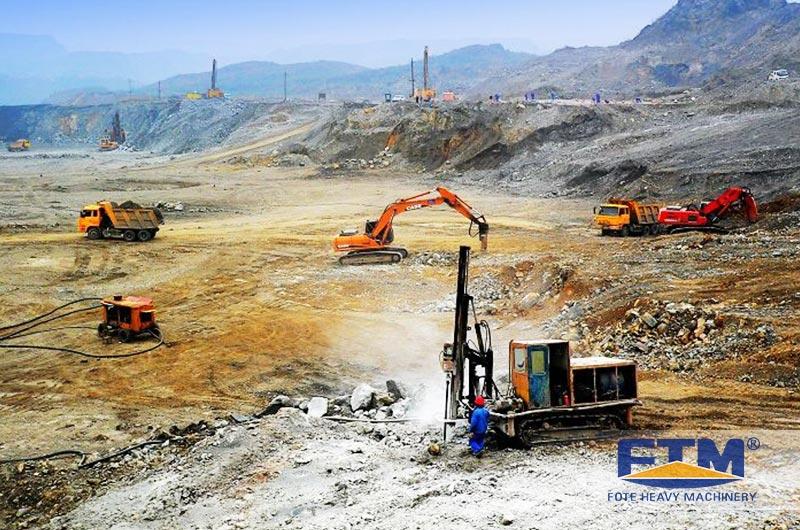 Bauxite Mining in Indonesia.jpg