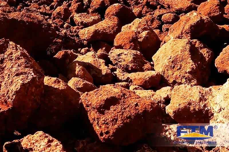 gibbsite-type bauxite.jpg