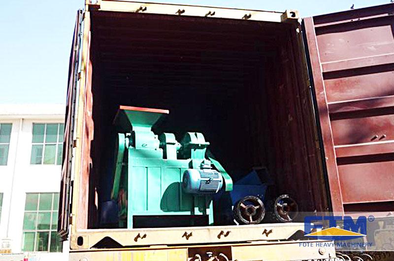 Fote Charcoal Briquetting Machine in Shipment.jpg