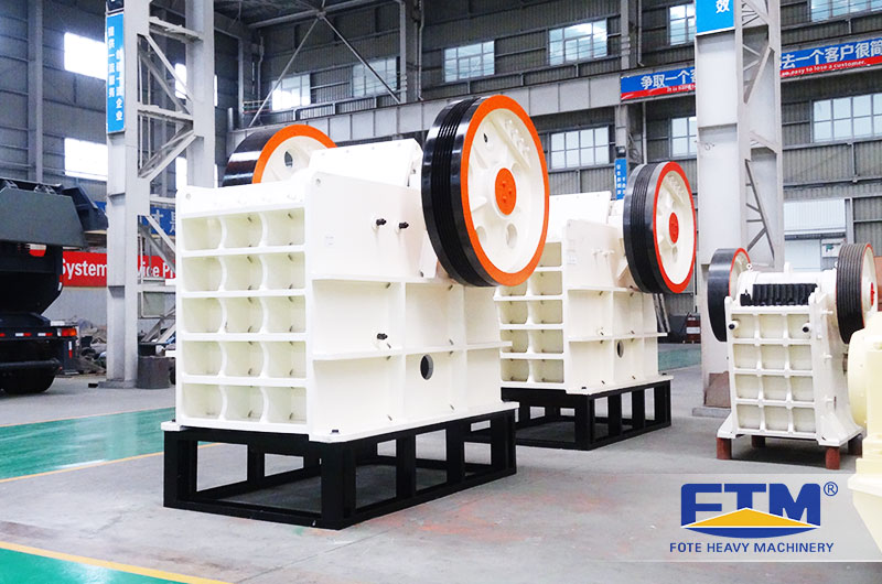 Jaw Crusher-primary crushing equipment.jpg